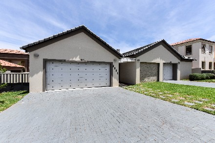 On Auction -  Property On Auction in Blue Valley Golf Estate