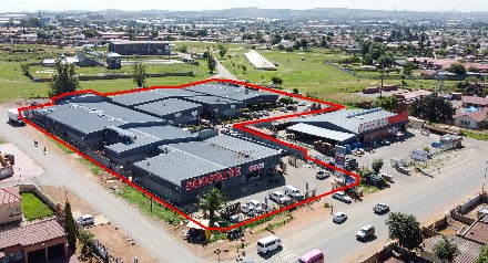 On Auction -  Commercial Property On Auction in Katlehong