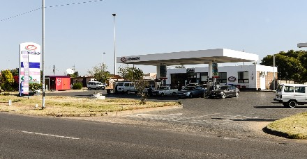 On Auction -  Commercial Property On Auction in Soshanguve