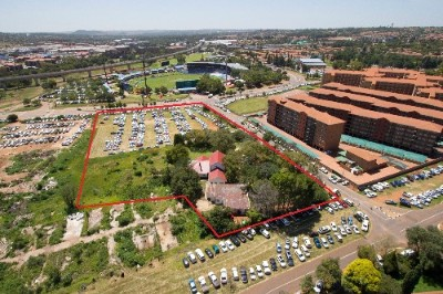 On Auction -  Commercial Property On Auction in Die Hoewes, Centurion