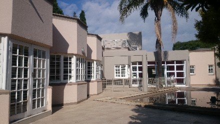 On Auction - 5 Bedroom, 5 Bathroom  Property On Auction in Houghton Estate