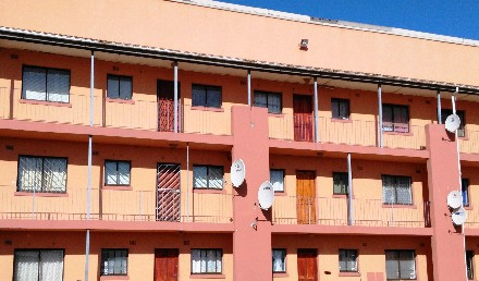 On Auction -  Apartment On Auction in Pelikan Park
