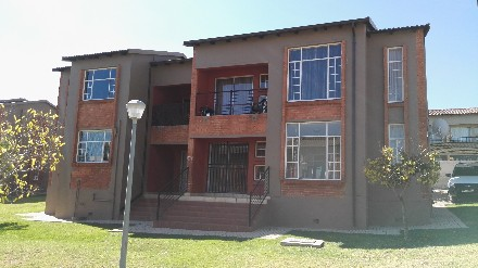 On Auction -  Property On Auction in Honeydew Ridge