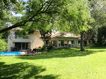 On Auction - 4 Bed Property On Auction in Bryanston