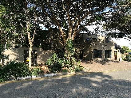 On Auction - 4 Bed Property On Auction in Lonehill