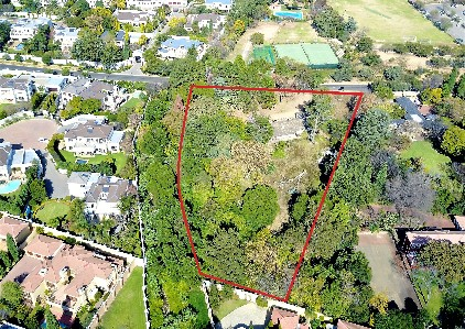 On Auction -  Commercial Property On Auction in Bryanston
