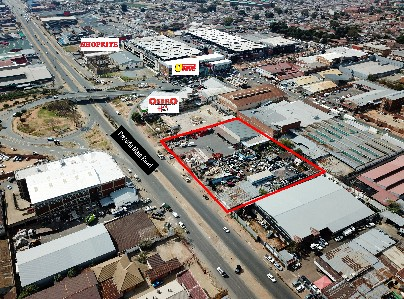 On Auction -  Commercial Property On Auction in Wynberg