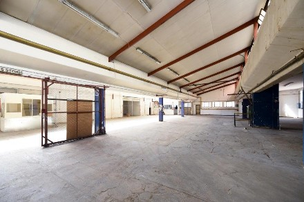 On Auction -  Commercial Property On Auction in Croesus