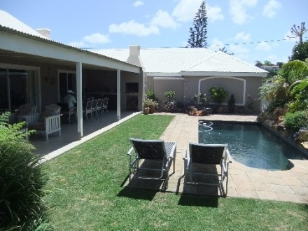R 4,500,000 - 4 Bedroom, 3 Bathroom  House For Sale in Seaside Longships,