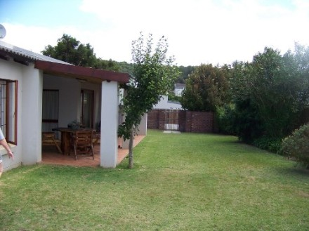 R 1,500,000 - 3 Bedroom, 2 Bathroom  House For Sale in Plettenberg Bay