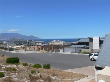 Big Bay Property - Vacant residential plot situated in Blouberg with unbeatable views. Perfectly situated for you to build the dream home of your cho...