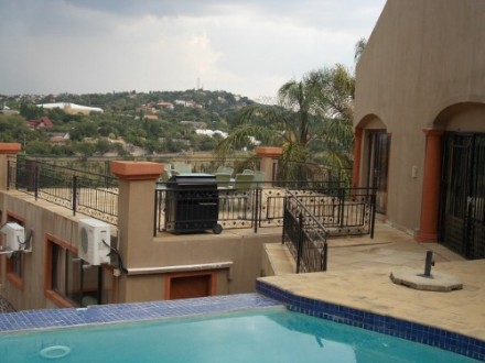 Moreleta Park Property - 680 m� of luxury living. 