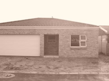 Kraaifontein Property - A BRAND NEW 3 BEDROOM FACEBRICK