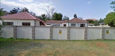 On Auction - 4 Bedroom, 2 Bathroom  Home On Auction in Glenhazel