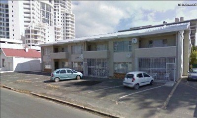 On Auction - 2 Bedroom, 1 Bathroom  Flat On Auction in Strand North