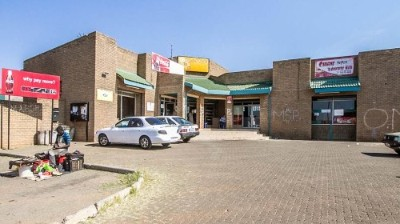 R 2,000,000 -  Property For Sale in Ennerdale