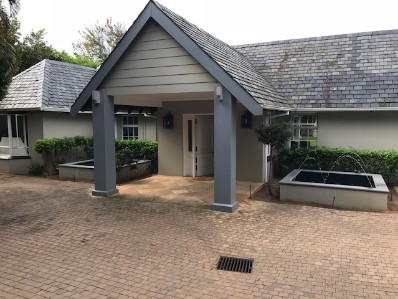 R 4,800,000 - 4 Bed Property For Sale in Durban North