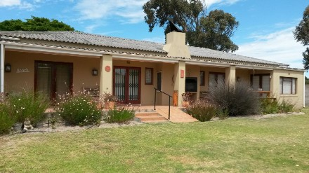 On Auction - 5 Bed Property On Auction in Langebaan