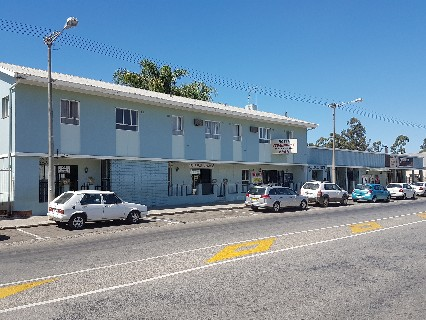 On Auction - 11 Bed Commercial Property On Auction in Porterville