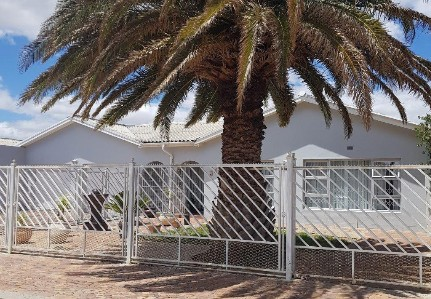 On Auction - 3 Bed Property On Auction in Johnsonspark