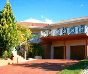 R 1,600,000 - 4 Bed House For Sale in Barrydale