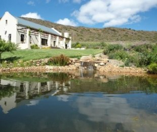 R 2,568,000 - 4 Bed Farm For Sale in Montagu