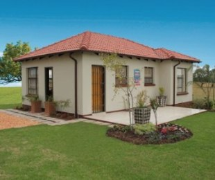 R 652,000 - 3 Bed House For Sale in Lenasia