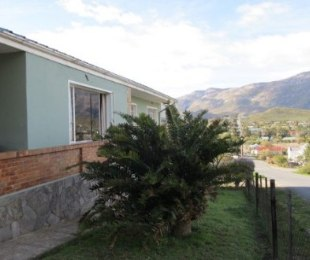 R 695,000 - 3 Bed House For Sale in Barrydale