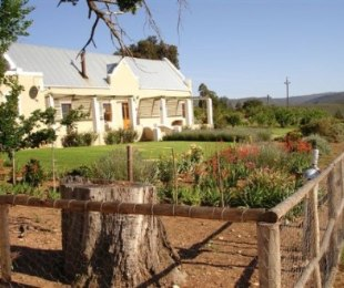 R 4,750,000 - 3 Bed Smallholding For Sale in Barrydale