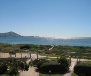 R 1,230,000 - 1 Bed Flat For Sale in Lagoon Beach