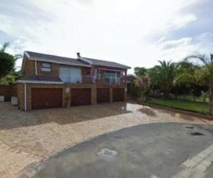 R 3,950,000 - 5 Bed House For Sale in Vergesig