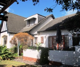R 18,500 - 3 Bed House To Let in Pinelands