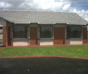 R 899,900 - 3 Bed House For Sale in Azaadville