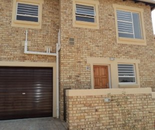 R 8,750 - 3 Bed Property To Let in Wilgeheuwel