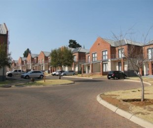 R 4,900 -  Apartment To Let in Auckland Park