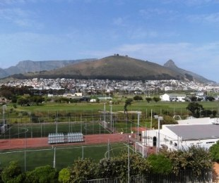 R 1,500 - 2 Bed Apartment To Rent in Mouille Point