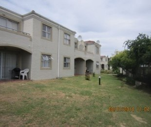R 670,000 - 2 Bed Flat For Sale in Sonstraal Heights