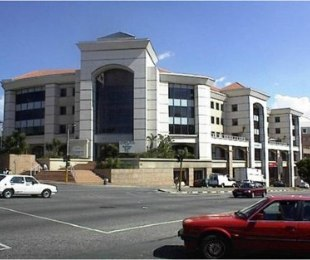 R 130 -  Commercial Property To Rent in Rosebank