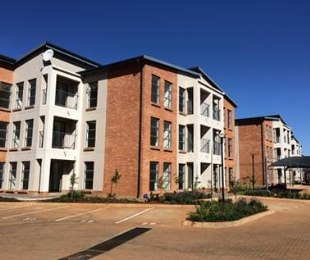 R 540,000 - 2 Bed Property For Sale in Jansen Park