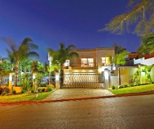 R 4,290,000 - 4 Bed House For Sale in Sonstraal Heights