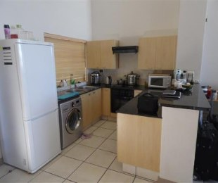 R 22,000 - 2 Bed Apartment To Rent in Morningside