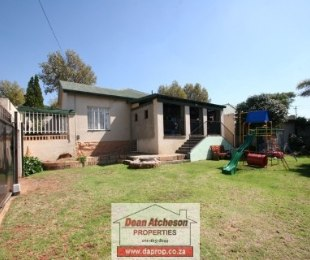 R 899,000 - 3 Bed Property For Sale in Malvern