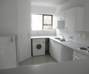 R 7,500 - 2 Bed Property To Rent in Marais Steyn Park