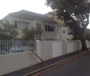 R 799,000 - 1 Bed Flat For Sale in Harfield Village