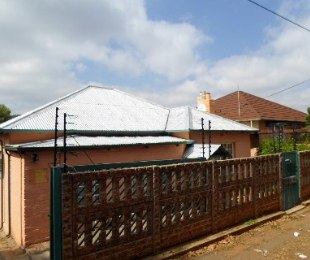R 795,000 - 3 Bed House For Sale in Bezuidenhout Valley