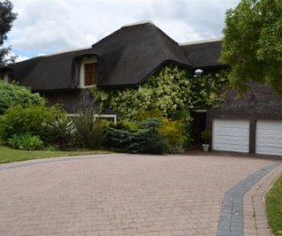 R 4,300,000 - 5 Bed House For Sale in Eversdal