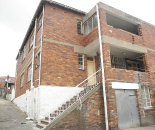 R 3,800,000 - 20 Bed Flat For Sale in Malvern