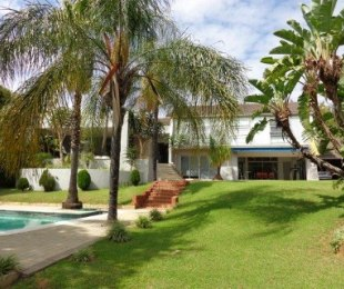 R 5,550,000 - 4 Bed House For Sale in Waterkloof Ridge