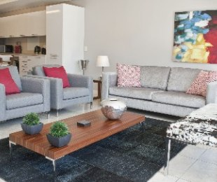 R 1,300 - 1 Bed Flat To Let in Cape Town - City Bowl