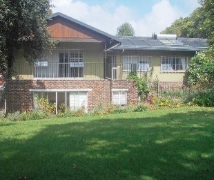 R 30,000 - 4 Bed House To Rent in Bryanston East